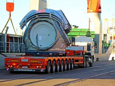 Faymonville manufactures semi-trailers ideal for the wind turbine sector. Whether for towers, transformers/generators, hybrid towers and rotor blades or wind turbine blades