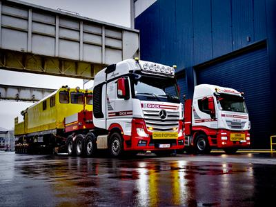 Innovative low loader system that combines modular standard components together.