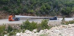 Wind blade transport in Greece