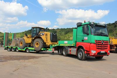 The MultiMAX low loader is the economic and flexible transport solution