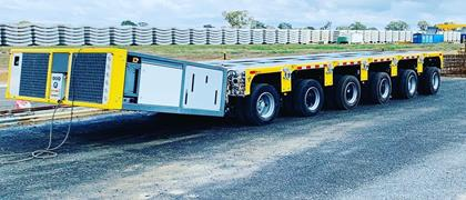 The APMC vehicle can be used in three modes what offers enormous flexibility: a trailer mode, an assist mode to support a truck on public road, and a classic self-propelled trailer mode.