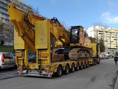 This new hydraulically steered 7-axle MultiMAX low loader from Portuguese company Costa Almeida demolições has gathered some serious mileage over a short period of time.
